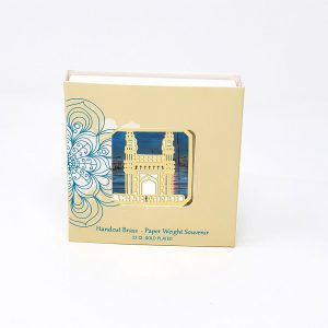 Orchid Charminar Paper Weight in a Square Shape