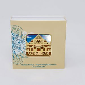 Orchid Akshardham Paper Weight in a Square Shape